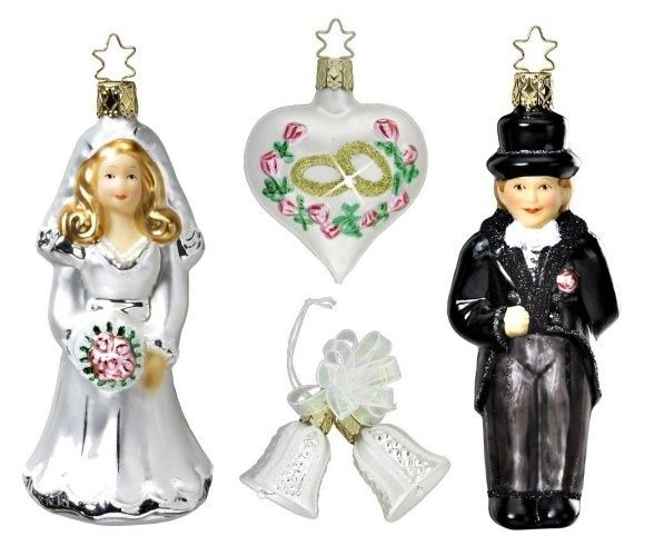 The four ornaments including in the Wedding Day Collection from Inge-glas are illustrated in detail...