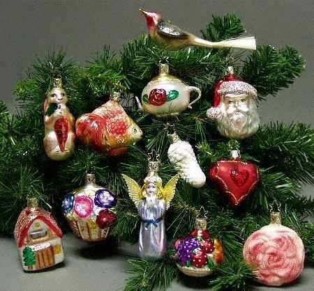 12 Bridal Ornaments from Inge-glas of Germany on Display
