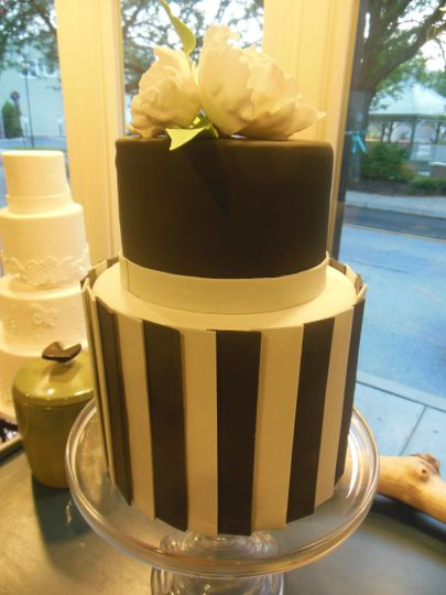A modern black and white wedding cake