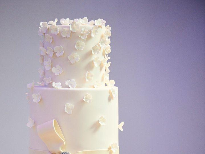 Tmx 0874 Elizabeth Brown Zachary Herr 51 82455 157419857556425 Jenkintown, Pennsylvania wedding cake
