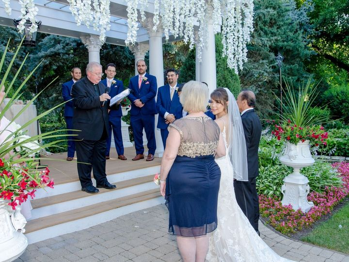 Tmx Dacuycuy Chan 7 6 18 Patrick Haley Joliet Bride At Front With Her Parents 51 15455 Addison, IL wedding officiant