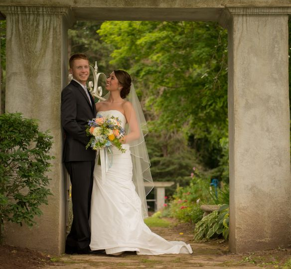 A beautiful garden provided the perfect setting for Scott and Sarah's bridal shoot at a historic...