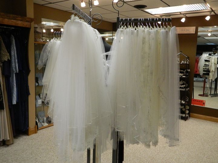 wedding dress stores wisconsin