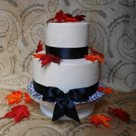 2 layered wedding cakle
