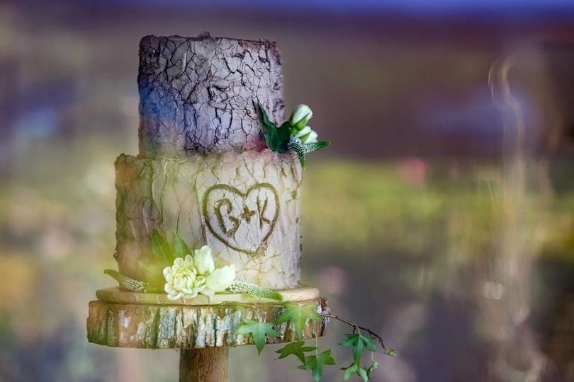 Oak Tree Wedding cake