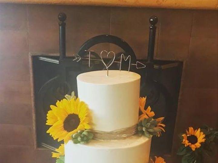 Tmx 1499920604713 1959850415099395090641308322066187466704808n Canyon Country wedding cake