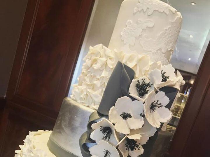 Tmx 1514575008795 2168789315945395472707925234685119217415342n Canyon Country wedding cake