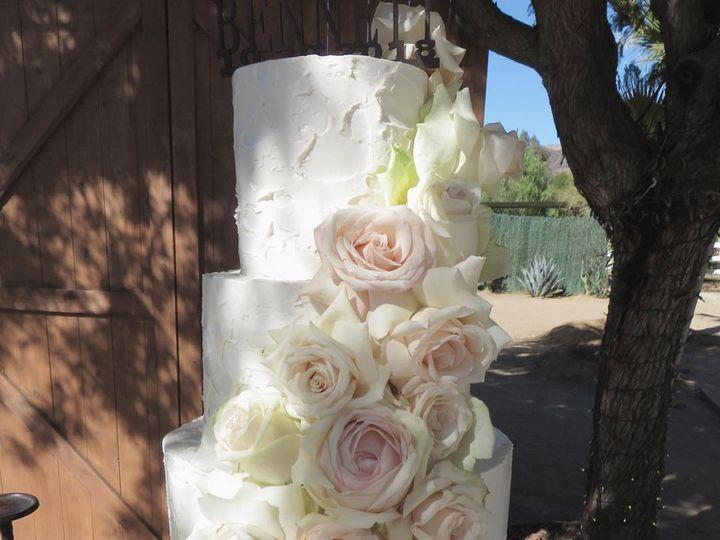 Tmx 44493367 2048943381830404 266399237774770176 O 51 914555 Canyon Country wedding cake