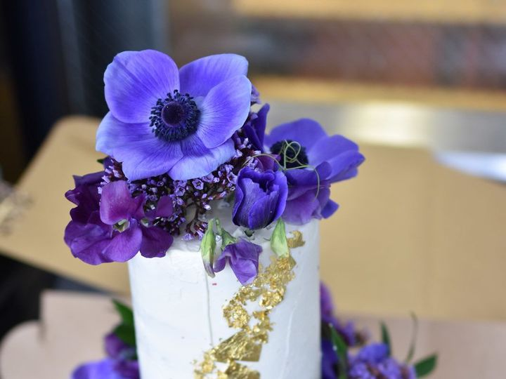 Tmx 1525223213 C9970b1cf47bbafc 1525223212 5fb5cbad5e5b6067 1525223214391 1 Image 2 Los Angeles, CA wedding cake
