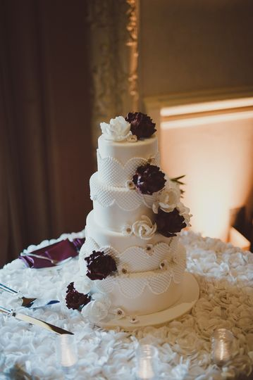 Patterned & floral cake.