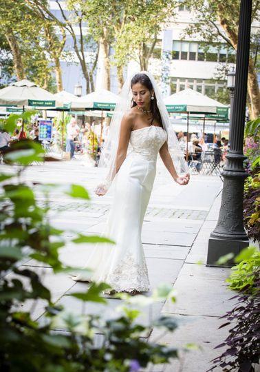 Bryant Park Midtown (wedding photographer, wedding photography new york). Diego Molina Photography....