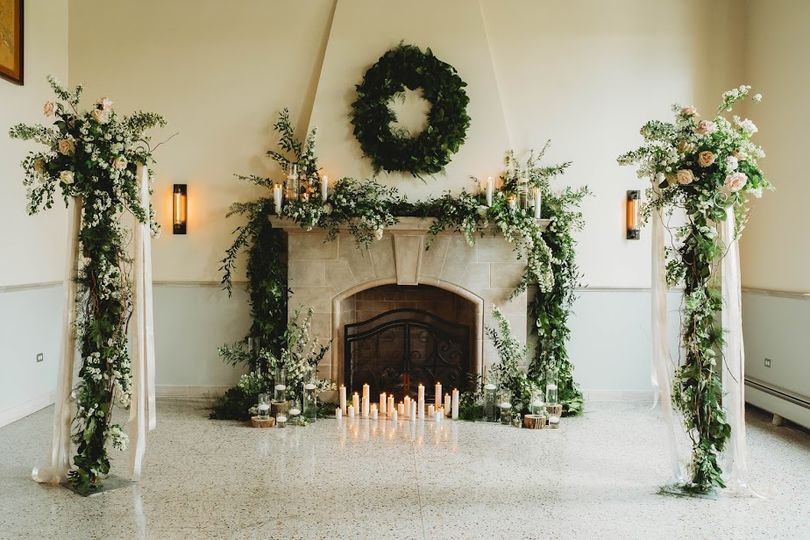 Rustic and refined décor