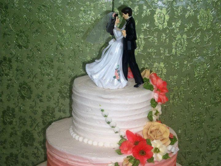 Tmx 1530136720 71ad13c40d495aae 1530136718 58b17d9dd88d65fb 1530136717919 17  8 Good Jessica C Horsham wedding cake