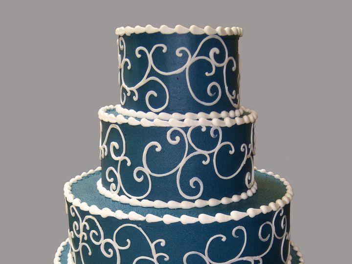 Tmx 1530136735 C48441cc0b2e4129 1530136733 60c223e16db669aa 1530136734047 19  11 Good Dramatic Horsham wedding cake
