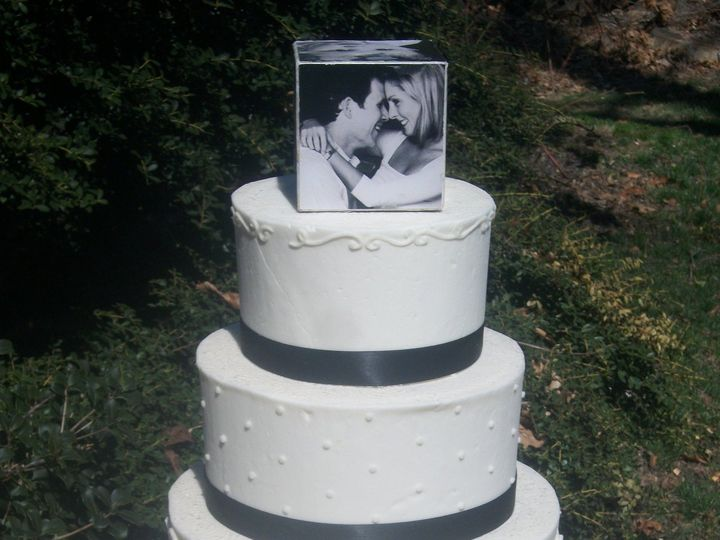 Tmx 1530136836 B303d6689cdbf6ec 1530136834 Ebeb2ded26e5ab79 1530136834167 25  2 Multi Design Horsham wedding cake
