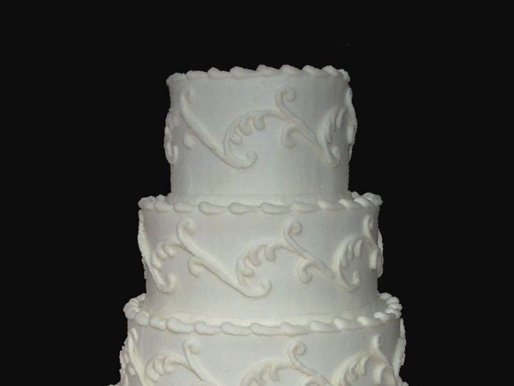 Tmx 1530136852 873707ff735bdc75 1530136851 Eaaffe2d1d5bab81 1530136852742 26  4 Good Scrollmon Horsham wedding cake