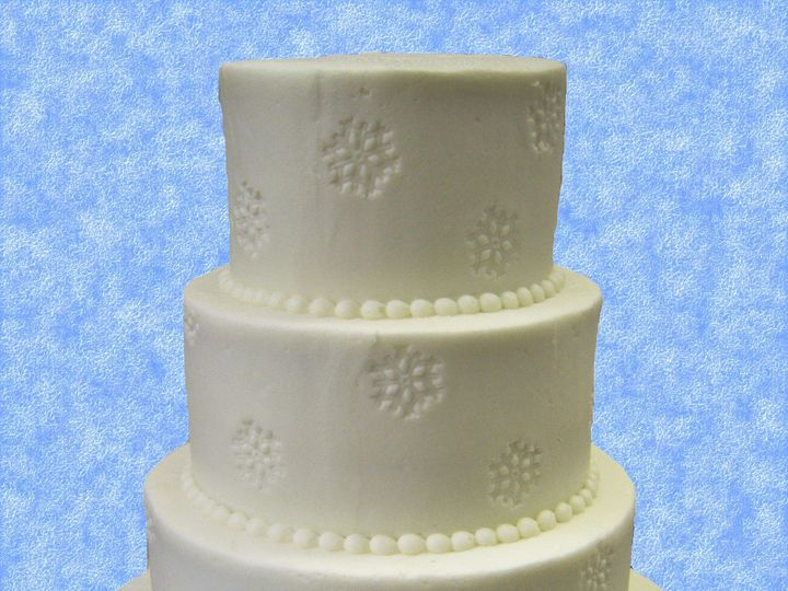 Tmx 1530136861 D021df72612e0bc4 1530136859 7ab14cc950fefc9f 1530136858606 27  9 Good Snowflake Horsham wedding cake