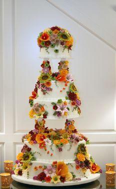 Tmx 1530136965 7a5f8cf24e8c7588 1530136964 135ba3b94bc2a56c 1530136965738 33 FullPalace Horsham wedding cake