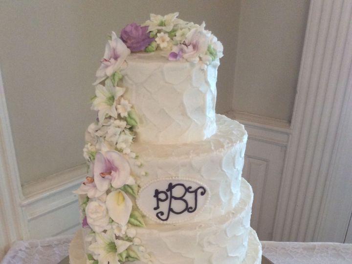 Tmx 1530137000 70f631f938ec2bd1 1530136998 4157c517e9b621a6 1530136998613 35 IPad Photos 1 3 1 Horsham wedding cake