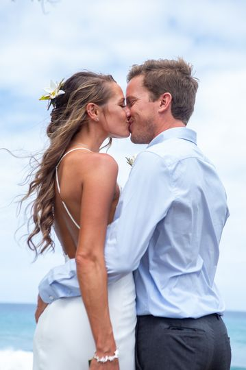 Newlyweds After Perfect BEACH