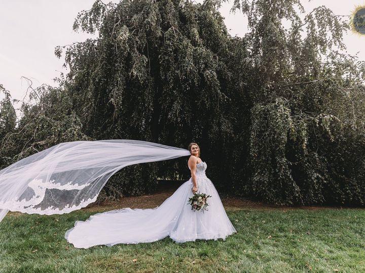 Tmx 121510740 1376081822723844 8802038231888767861 O 51 779555 161125571526121 Norristown, Pennsylvania wedding florist