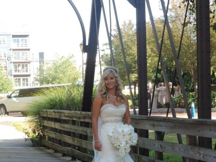 Tmx 1533823890 2059f8914089089b 1533823888 12080e04f57d1ea9 1533823887259 2 IMG 1160 Norristown, Pennsylvania wedding florist