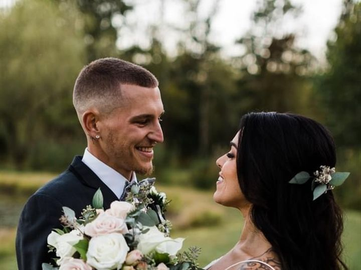 Tmx Img 0301 51 779555 161125762296367 Norristown, Pennsylvania wedding florist