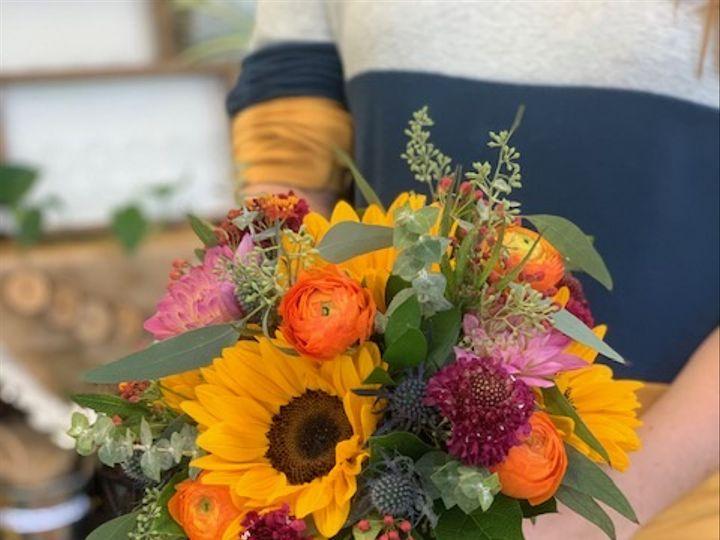 Tmx Img 9666 51 779555 161126320532577 Norristown, Pennsylvania wedding florist