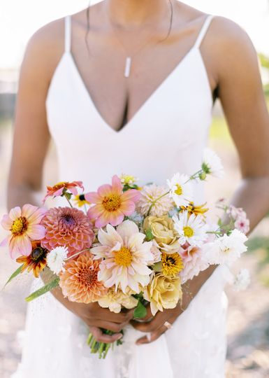Bright and natural bouquet