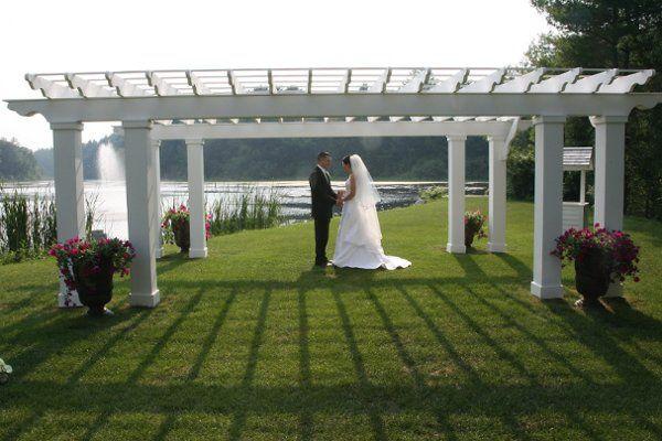 Tmx 1240339542812 DanandElizwaterfountain Stow wedding venue