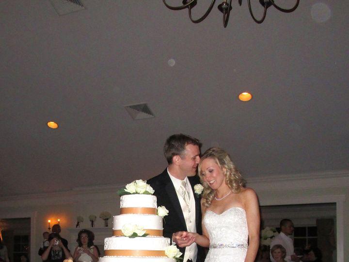 Tmx 1430409398865 Cutting Cake Kelly And Steve Stow wedding venue