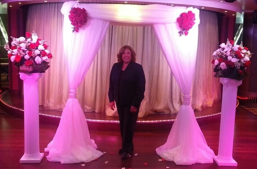 Officiant at the arch