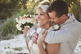 Blissful Honeymoons & Destination Weddings Wisconsin