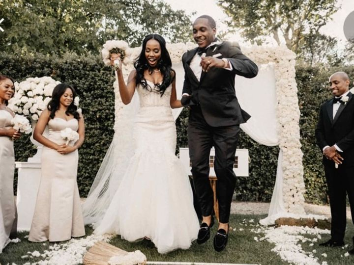 Tmx Jumping The Broom 51 1994655 160338502662196 Commerce Township, MI wedding officiant