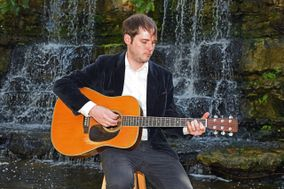 Jonathan Ellington Guitarist & Singer
