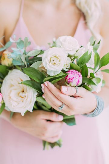 Delicate hues of pink (Emma Farr Photography)