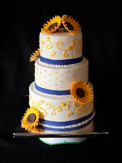 sunflowerweddingcake