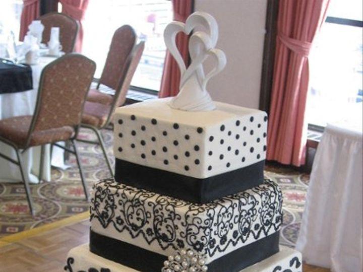 Tmx 1235391417312 IMG 2539 Lapel wedding cake