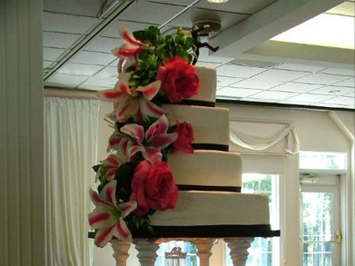 Tmx 1235391566136 DSCF3946 Lapel wedding cake