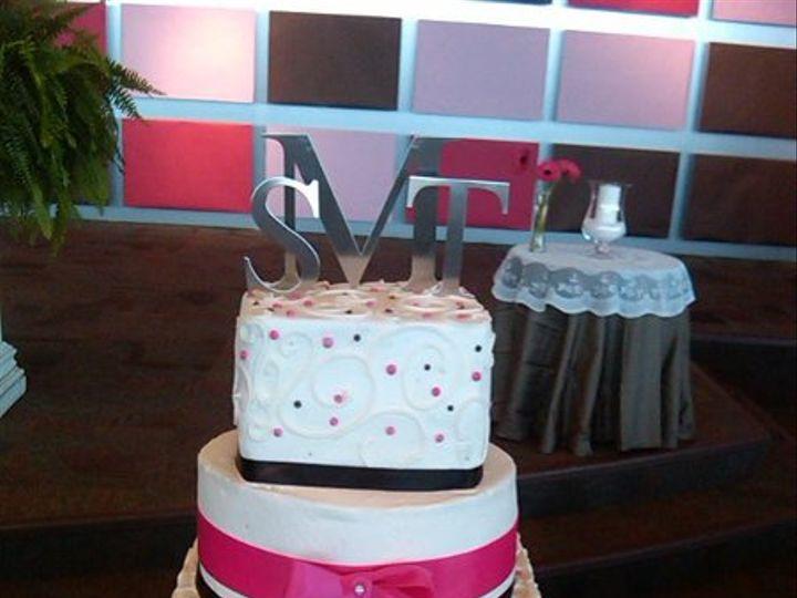 Tmx 1293540390947 Picbb010 Lapel wedding cake