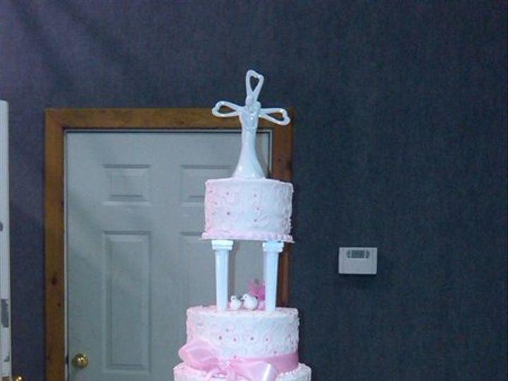 Tmx 1293540537151 IMG00050201005151137Copy Lapel wedding cake