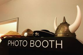 BIG PICTURE PHOTO BOOTH