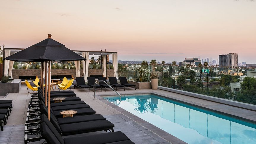 Skyline pool deck