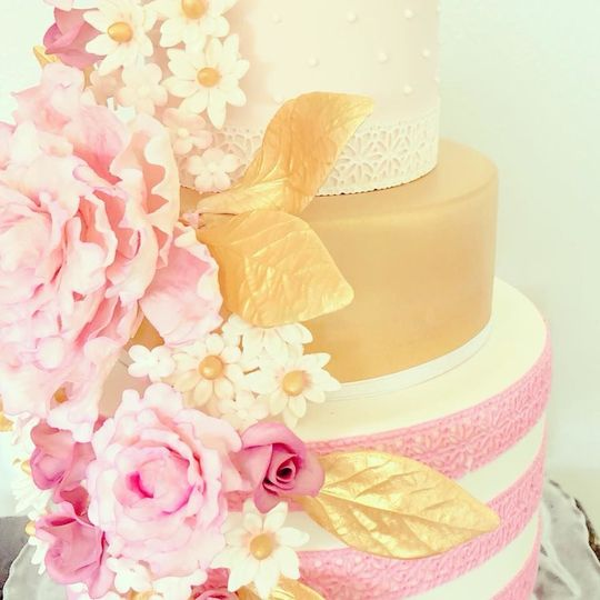 Oh, For Heaven Cakes! - Wedding Cake - Meridian, ID - WeddingWire