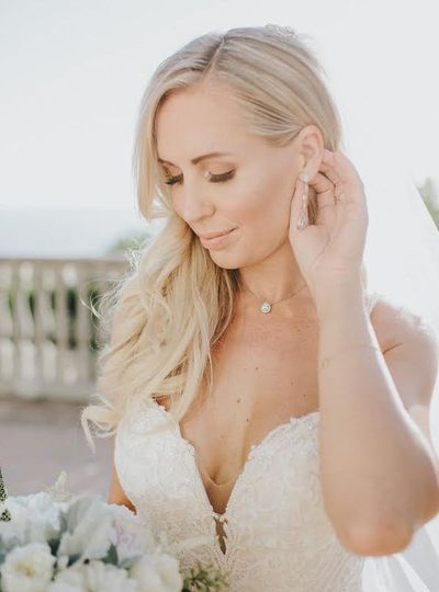 Real Bride Chanel wearing our Daisy Long Drop Earrings and Margaux Petite Back Drop Necklace