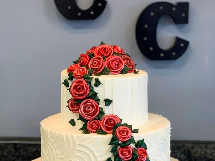 Tmx 3 23 2019 Cake7 51 78755 1556915357 Belmar, New Jersey wedding cake