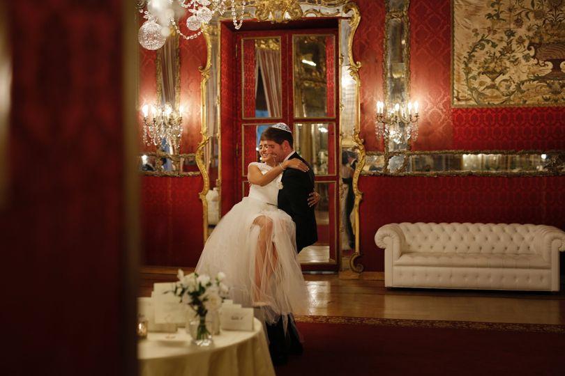 extra wedding jn 45 51 749755 1572449123