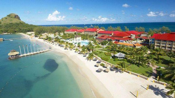Honeymoon in a deluxe all-inclusive resort in the Caribbean or Mexico!