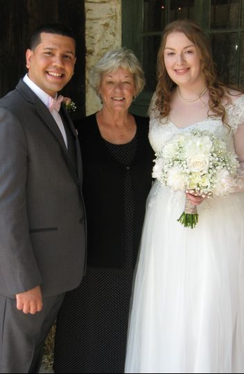 Wedding successfully helf
