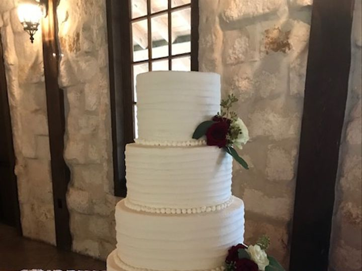 Tmx Horizontal Comb Kelly Mccreary Wedding 51 71855 Houston, TX wedding cake